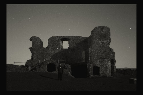 PANSTARRS and Kendal Castle 3bw