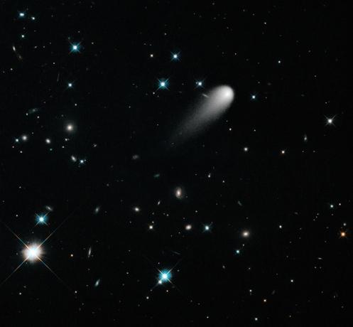 comet-ison-galaxies-hubble